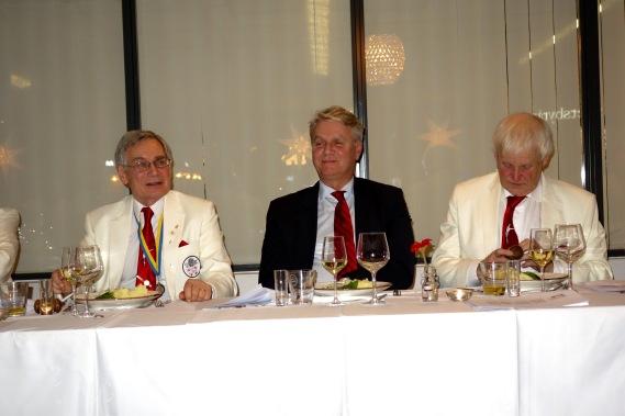 Salks ordförande Odd Swarting förgyllde vår fest. Kanske något för SALK att ta efter?
